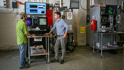 Horn works with Ph.D. student Christopher Ledford to monitor a 3D-printed object for defects in real time, a cutting-edge capability that sets NC State apart.