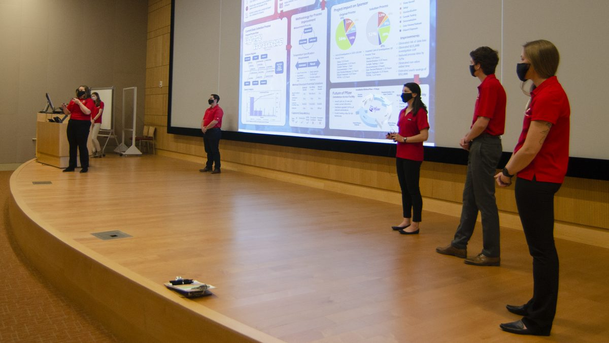Team Pfizer - B presenting their research